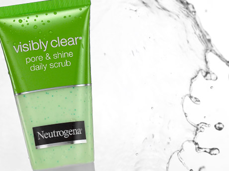 VISIBLY CLEAR® Pore & Shine Daily Scrub